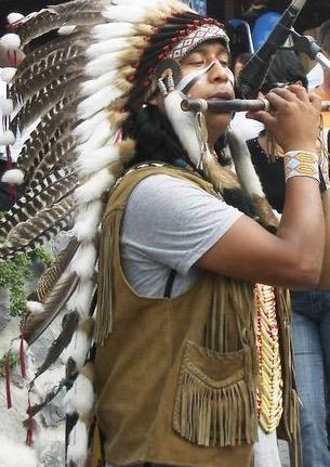 Indianer-musiziert